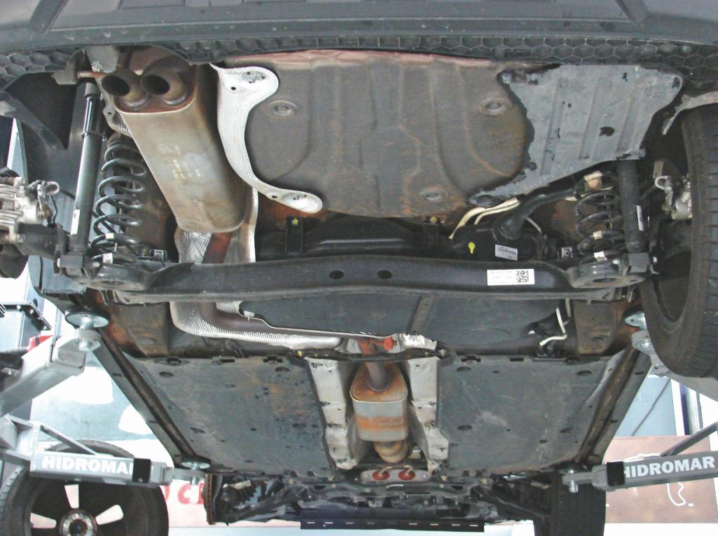 Suspensão Undercar Suspensão do Volkswagen T-Cross Highline 250 TSI Carter Motor
