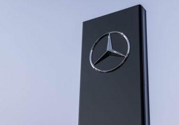 Mercedes-Benz paralisa produção de veículos no Brasil